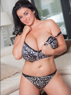 30K Karla James returns and she is looking better than ever!Karla definitely gets things started right with this sexy black and white lace bra and pan